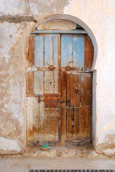 Stare drzwi w Tunezji