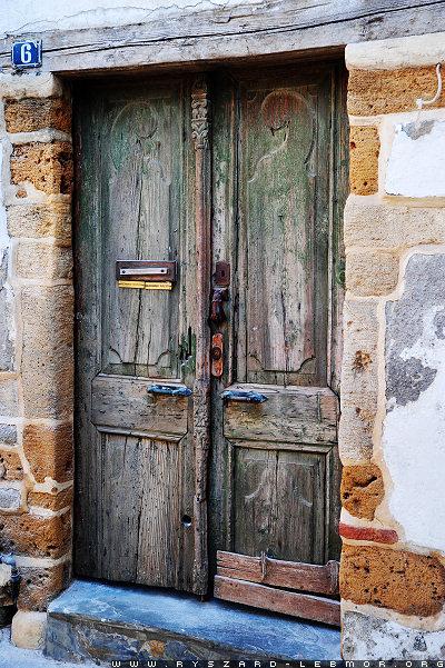 Zdjęcie starych drzwi