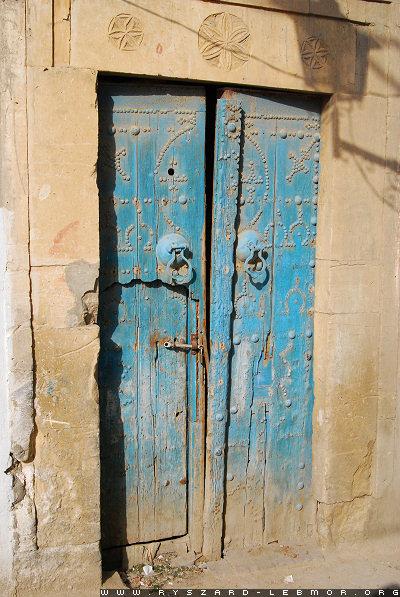 Tunezja, stare drzwi