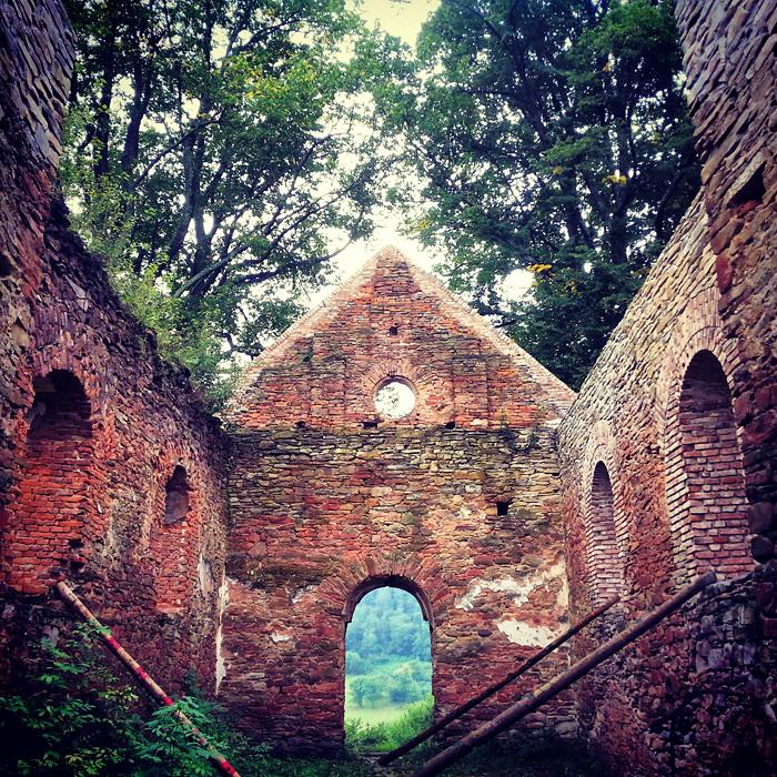 Krywe, ruiny cerkwi